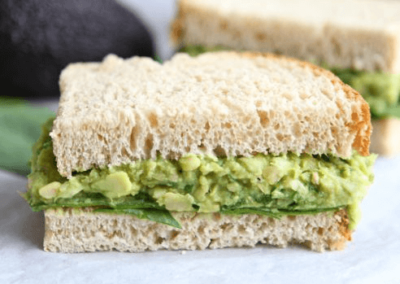 Kikærte-avocado-spread