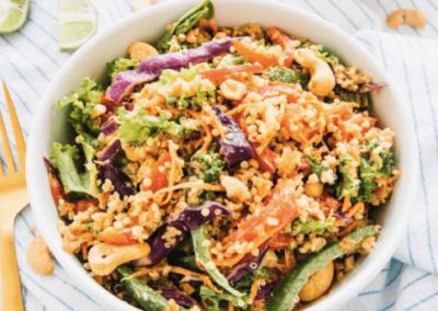 Thai cashew-quionia salat